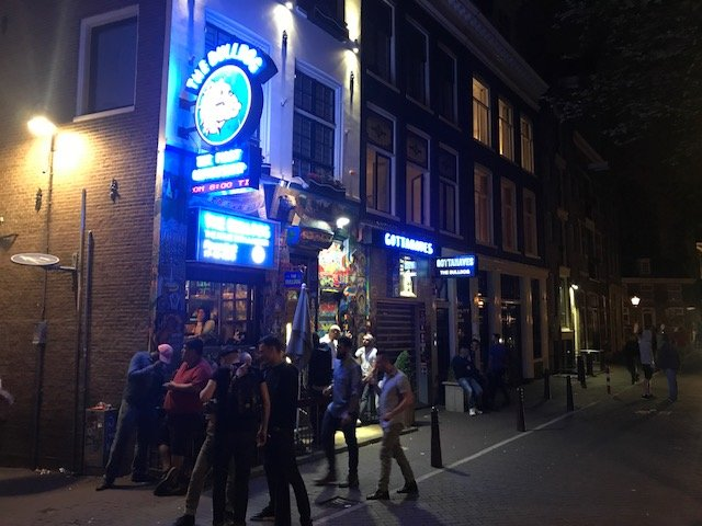 Coffeeshop next to smallest alley way - overnight layover Amsterdam