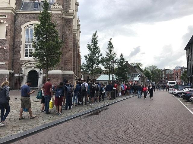Tourism Amsterdam - Queues Anne Frank House