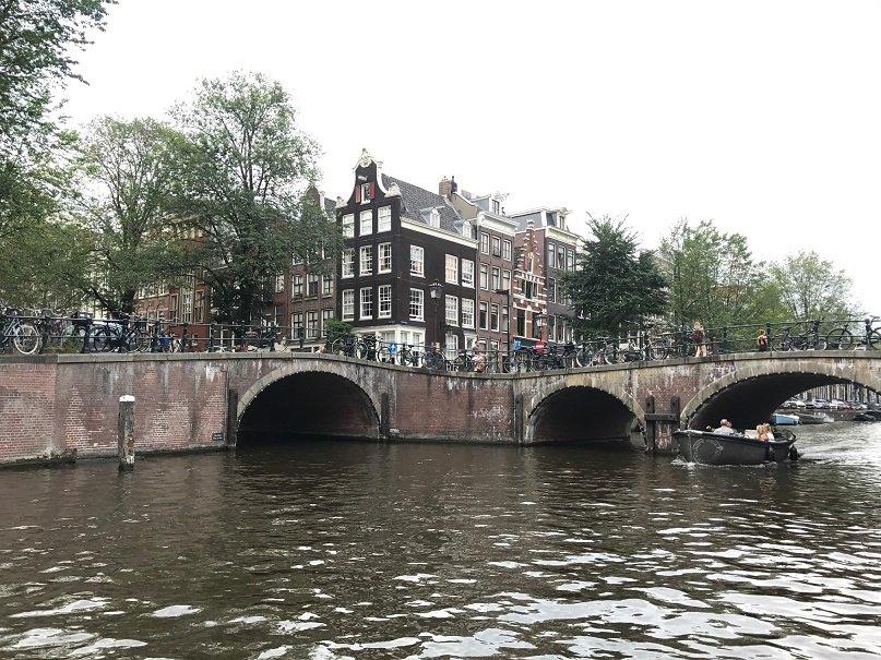 Prinsengracht crossing with Reguliersgracht