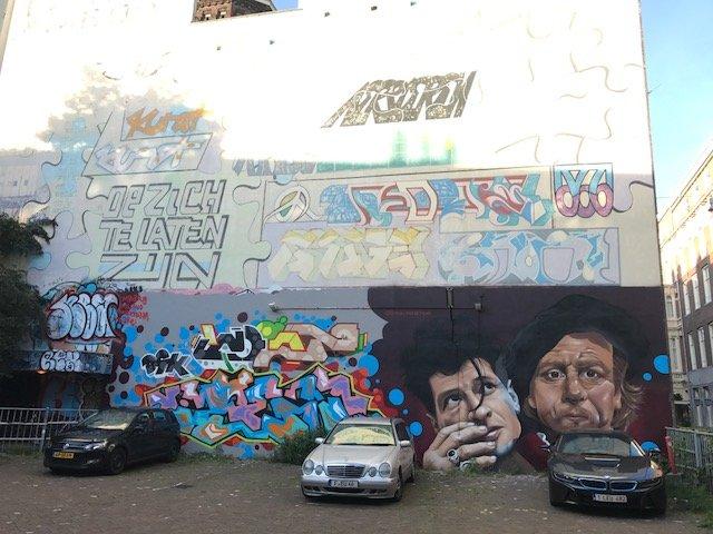 Street Art Binnengasthuisstraat - Free things the Dutch love