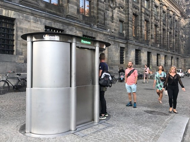 Public pop-up toilet at Dam square - Free things the Dutch love