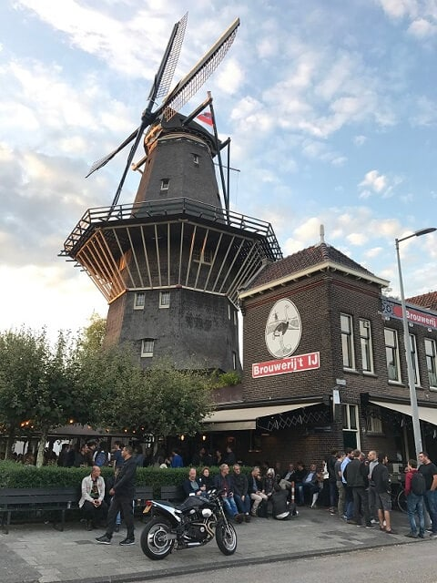 Brewery 't IJ with Windmill de Gooyer next to it