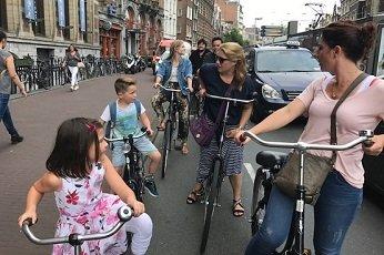 Visiter Amsterdam d'une manière locale en famille
