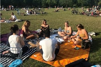 Visiter Amsterdam avec des amis
